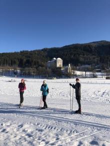 Výcvik běžeckého lyžování pod hradem v Kaprunu
